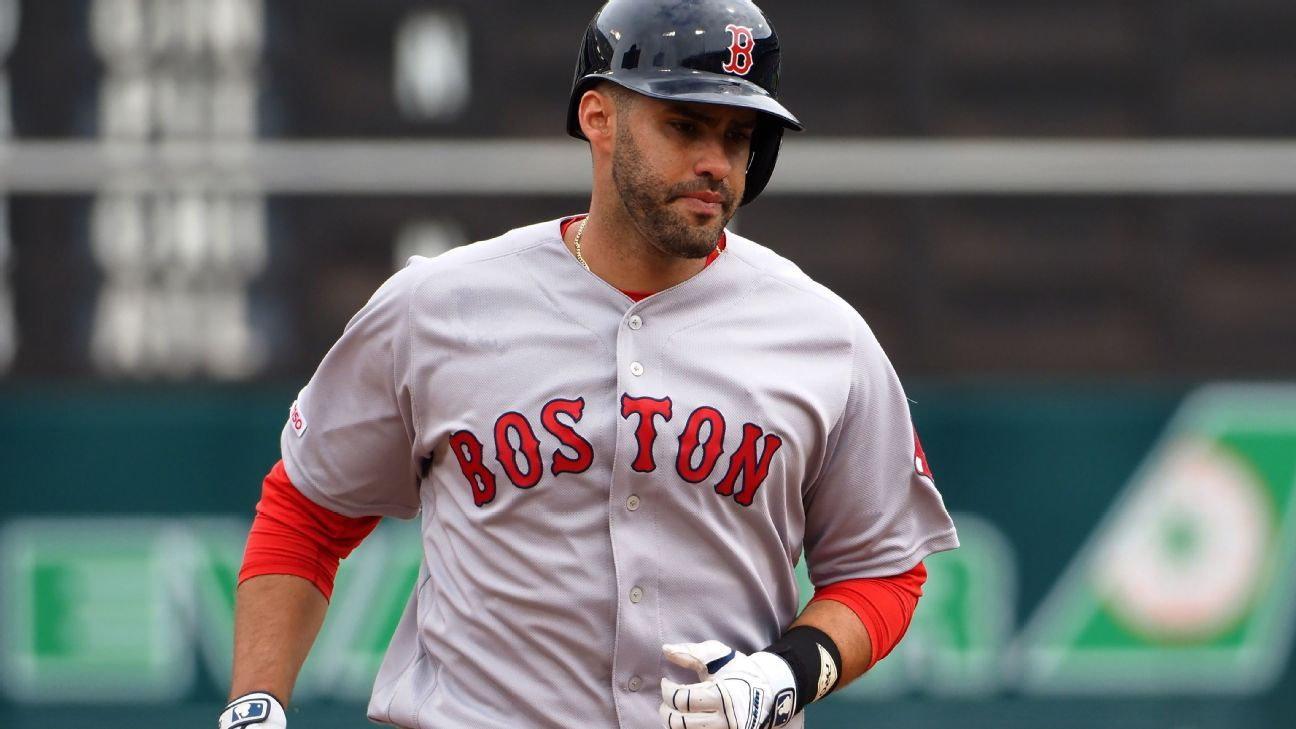 Red Sox slugger Martinez sits due to sore back