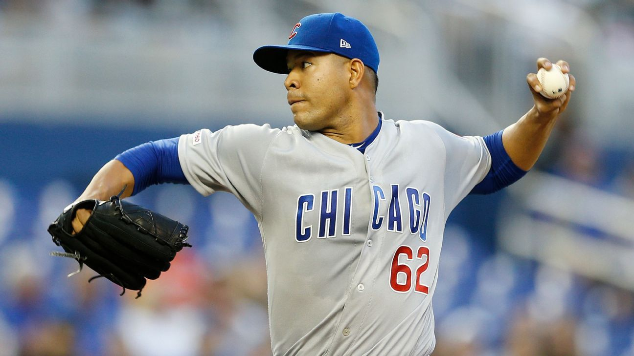 Cubs' Quintana hurt washing dishes, has surgery