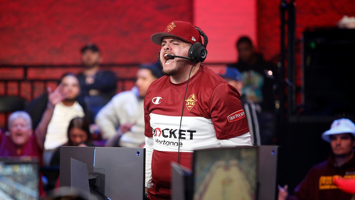 oLARRY wins inaugural ESPY for best esports moment