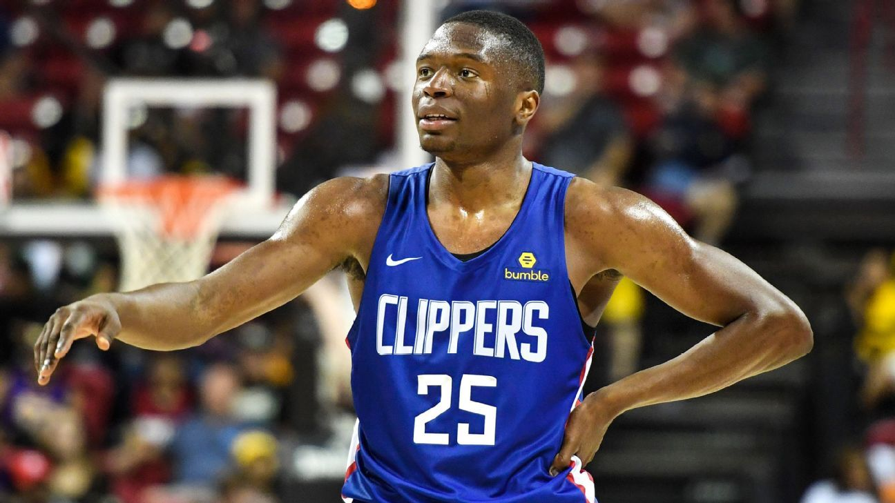 Clippers sign draft picks Kabengele, Mann
