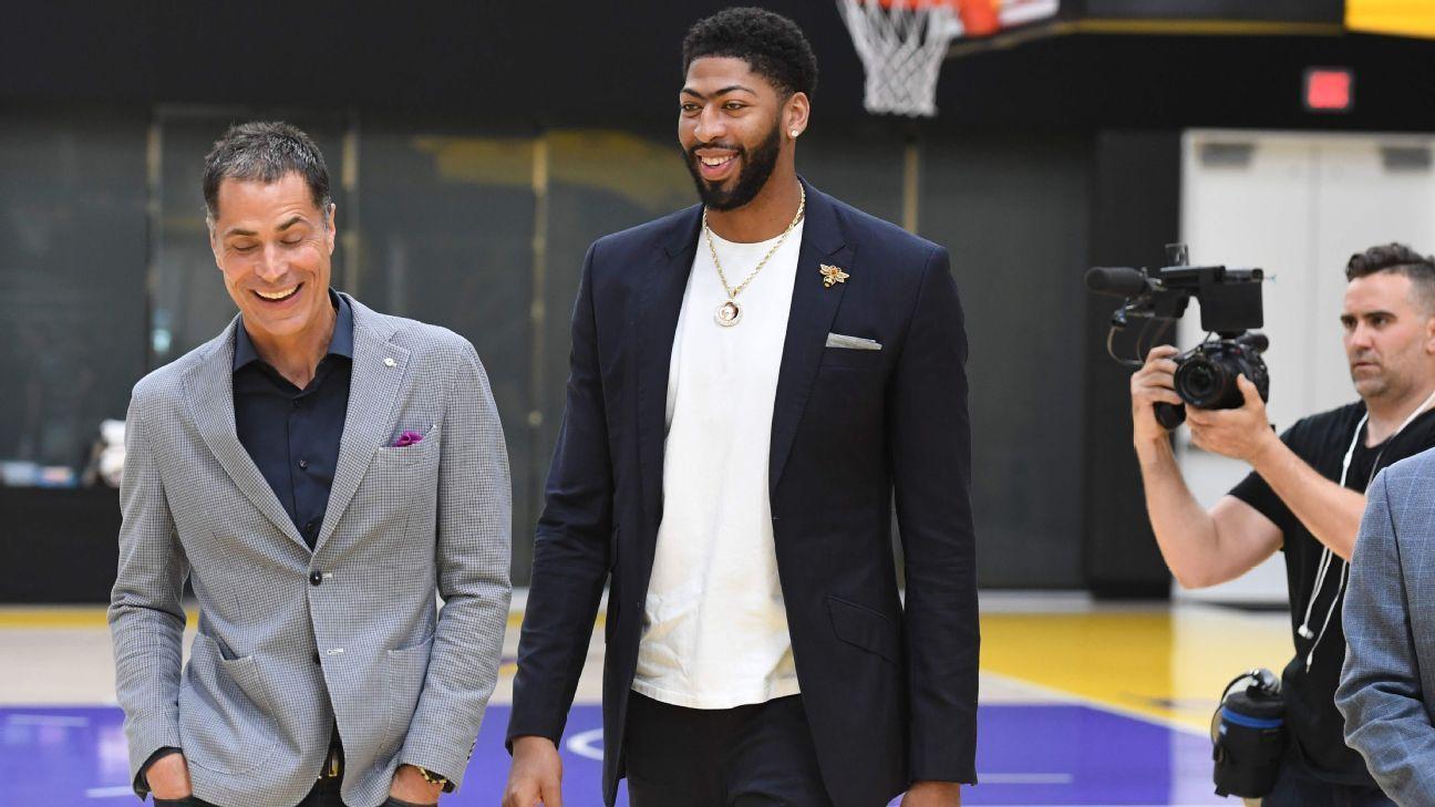 Sources: Lakers' Davis to skip Team USA camp