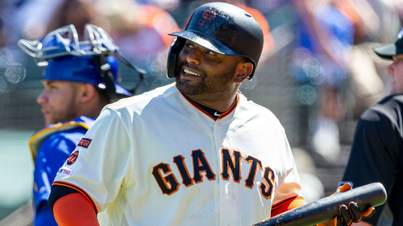 Giants' Sandoval on IL after elbow flares up again