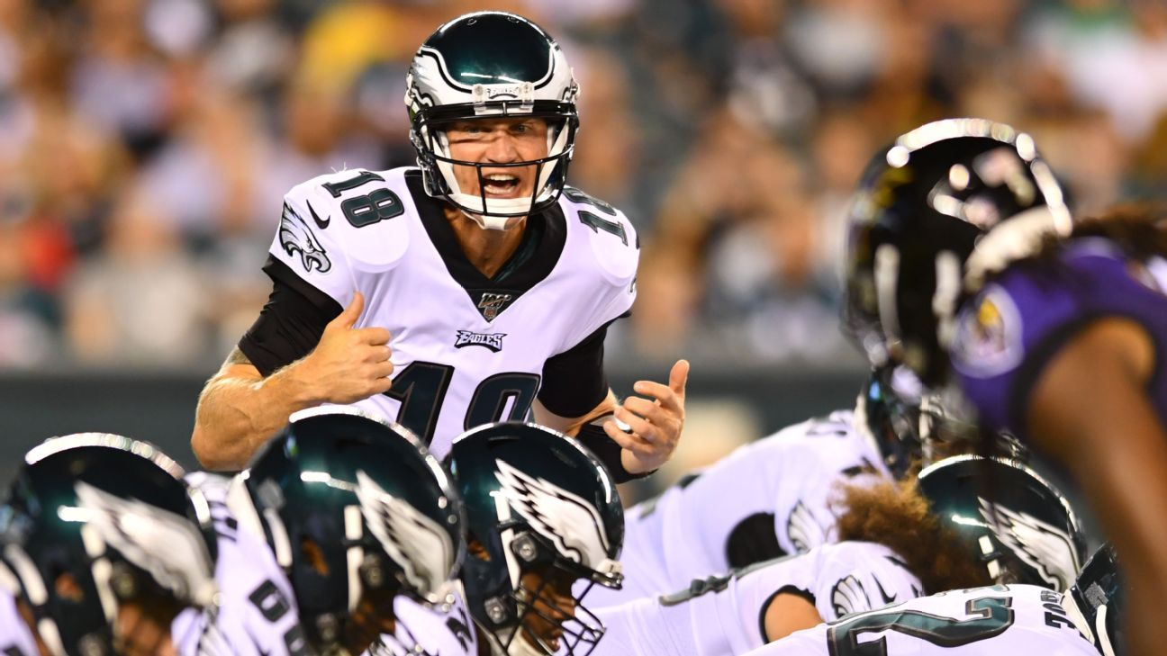 QB Josh McCown was ready to step in as WR for banged-up Eagles