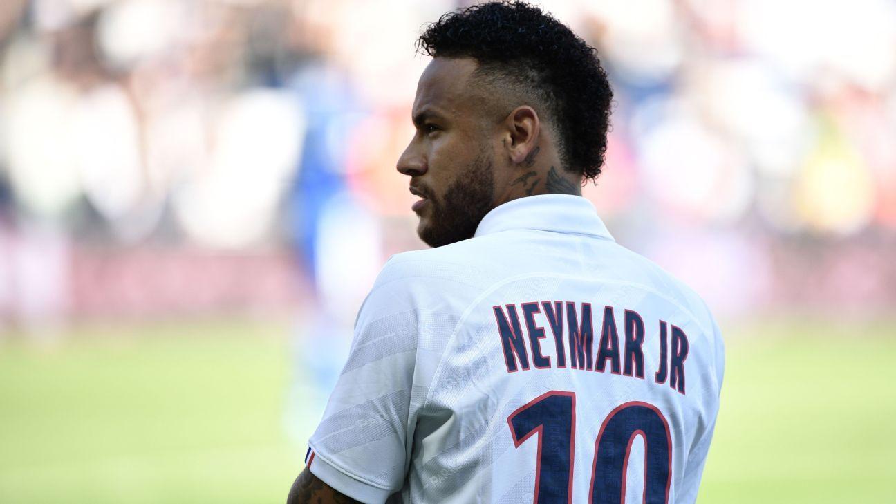 Neymar jeered then scores stunning PSG winner