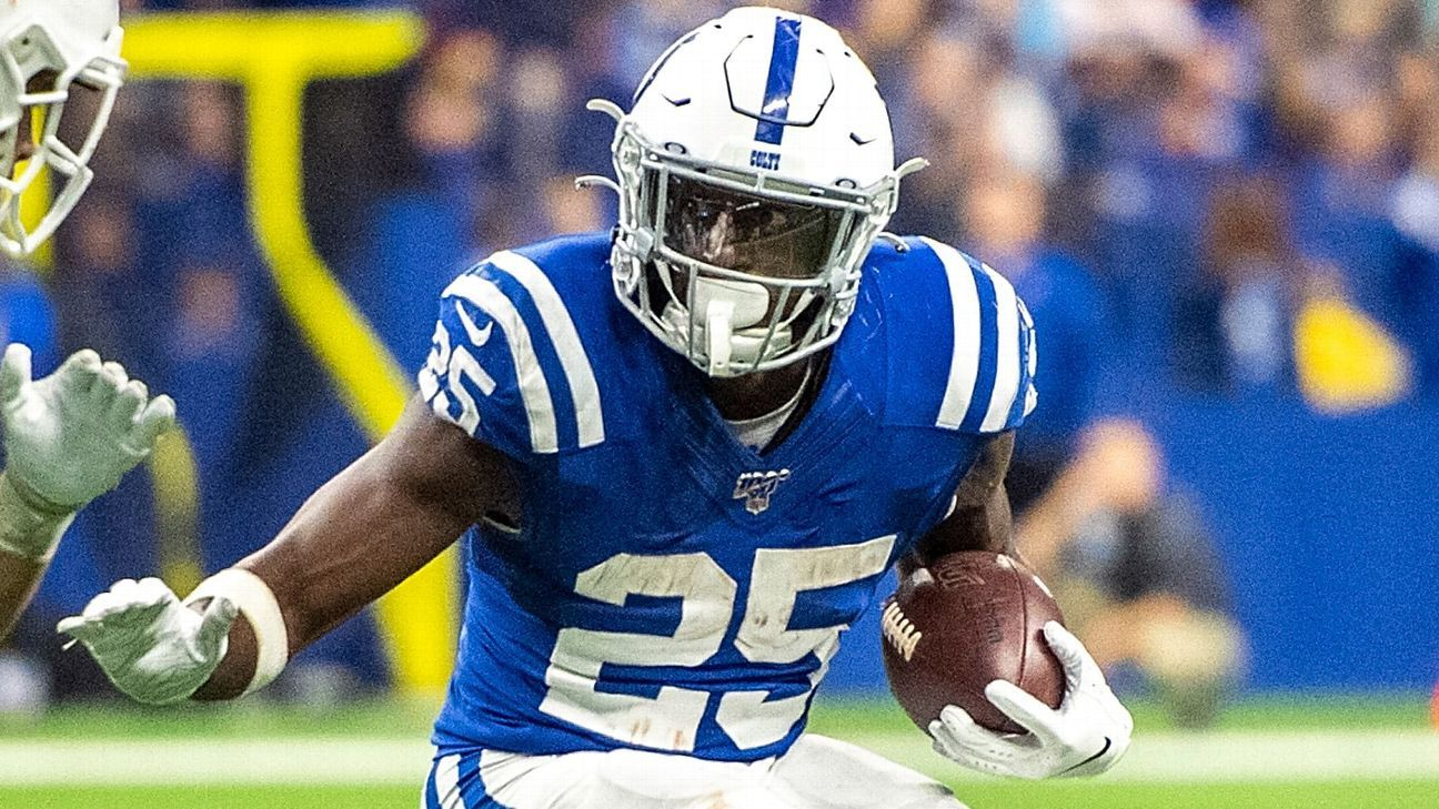 Source: Colts RB Marlon Mack suffers fractured hand