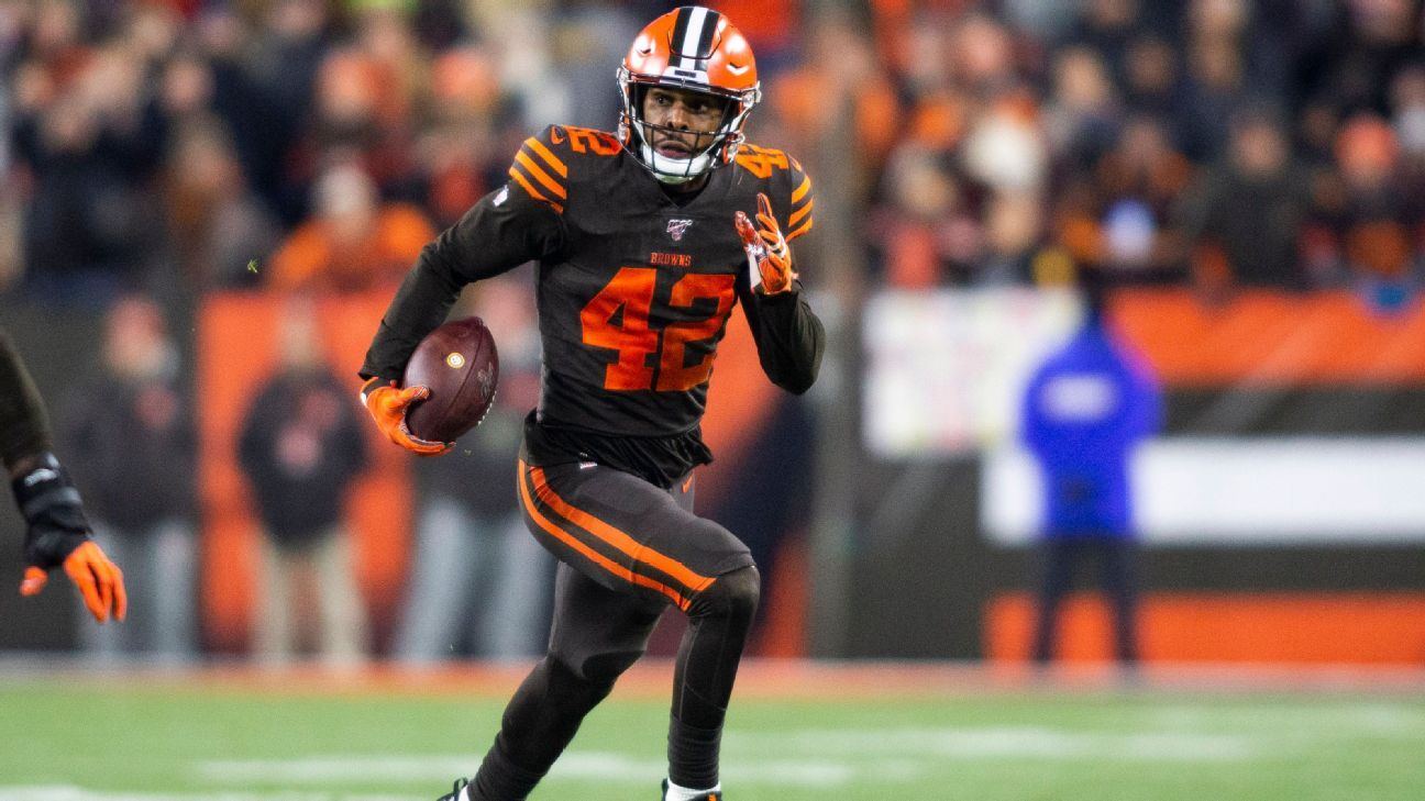 Browns place safety Burnett on injured reserve