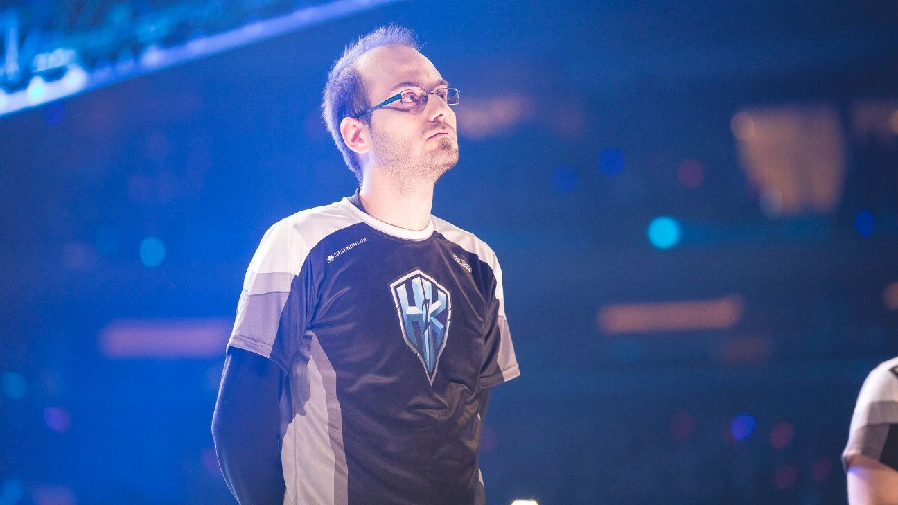 Sources: Schalke 04 Esports taps FORG1VEN after military service, extends Odoame