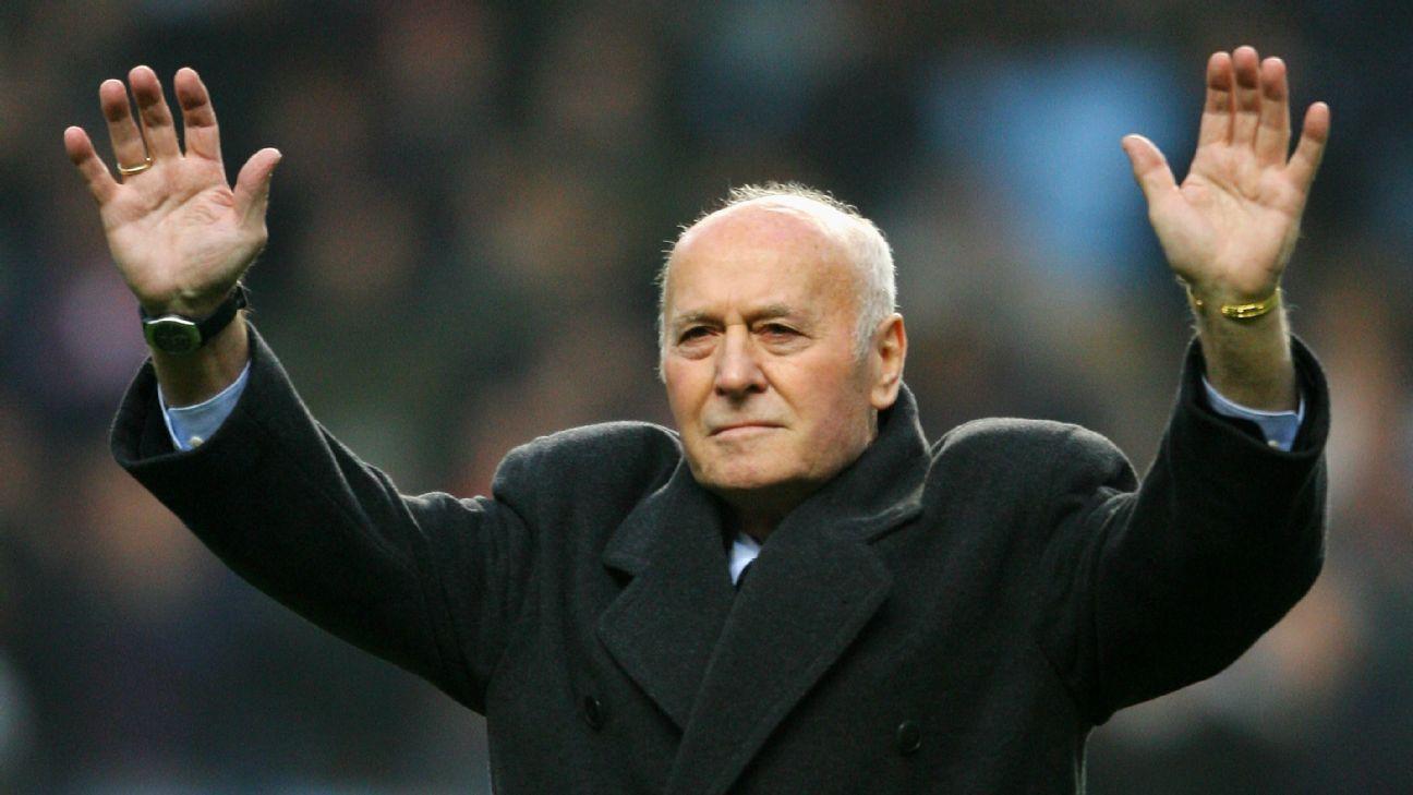 Ex-Aston Villa boss Ron Saunders dies at 87