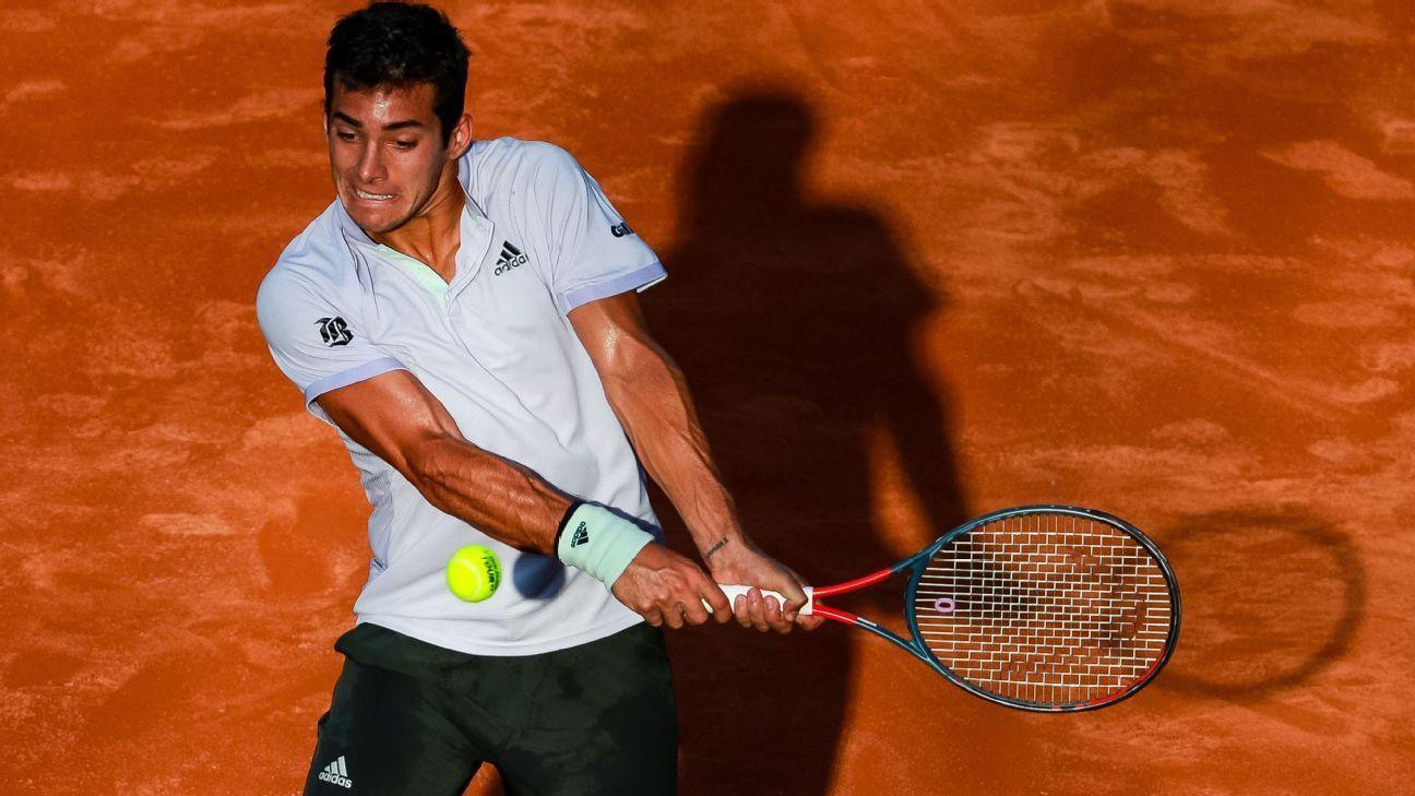 Garin beats Delbonis to reach Rio Open quarters
