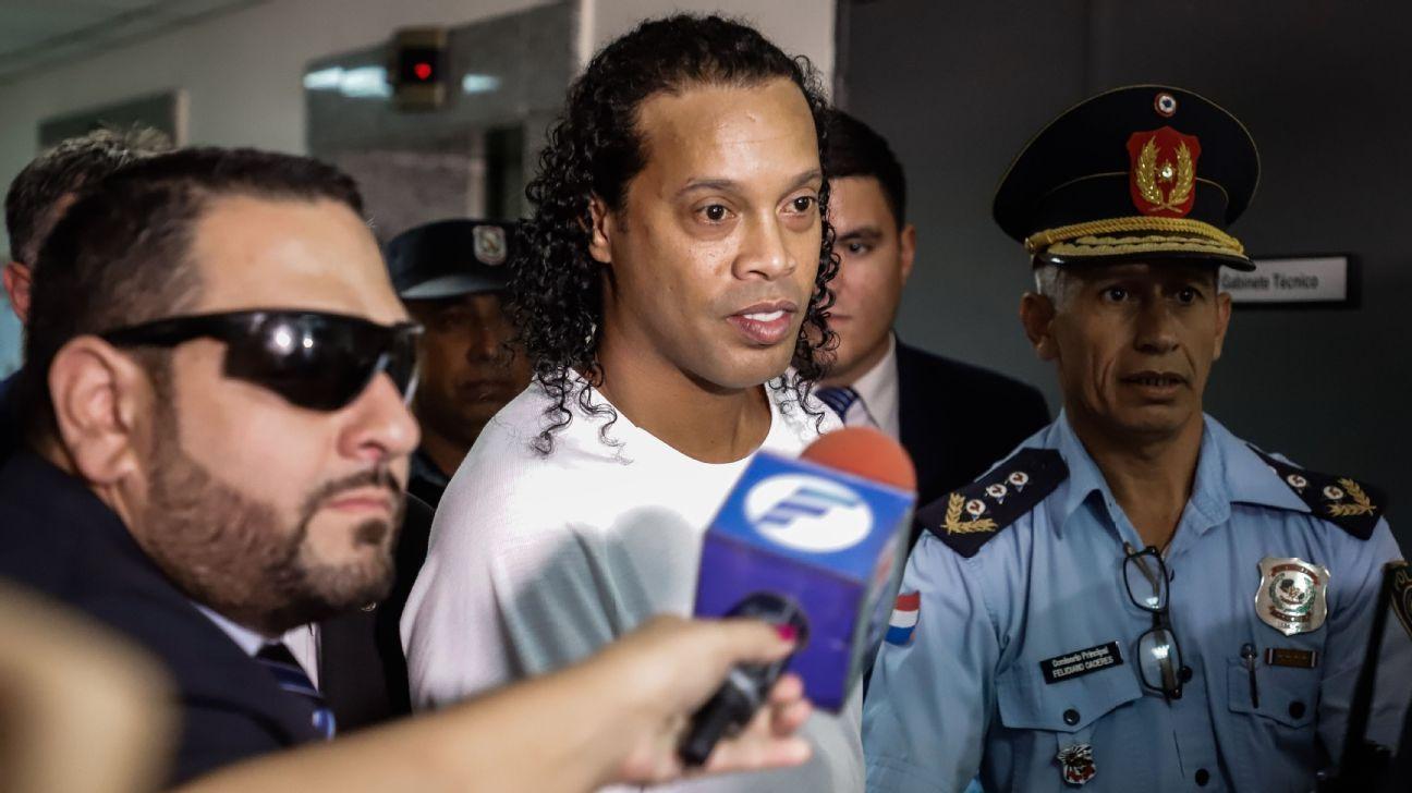 Brazil greats wish jailed Ronaldinho happy 40th birthday - ESPN
