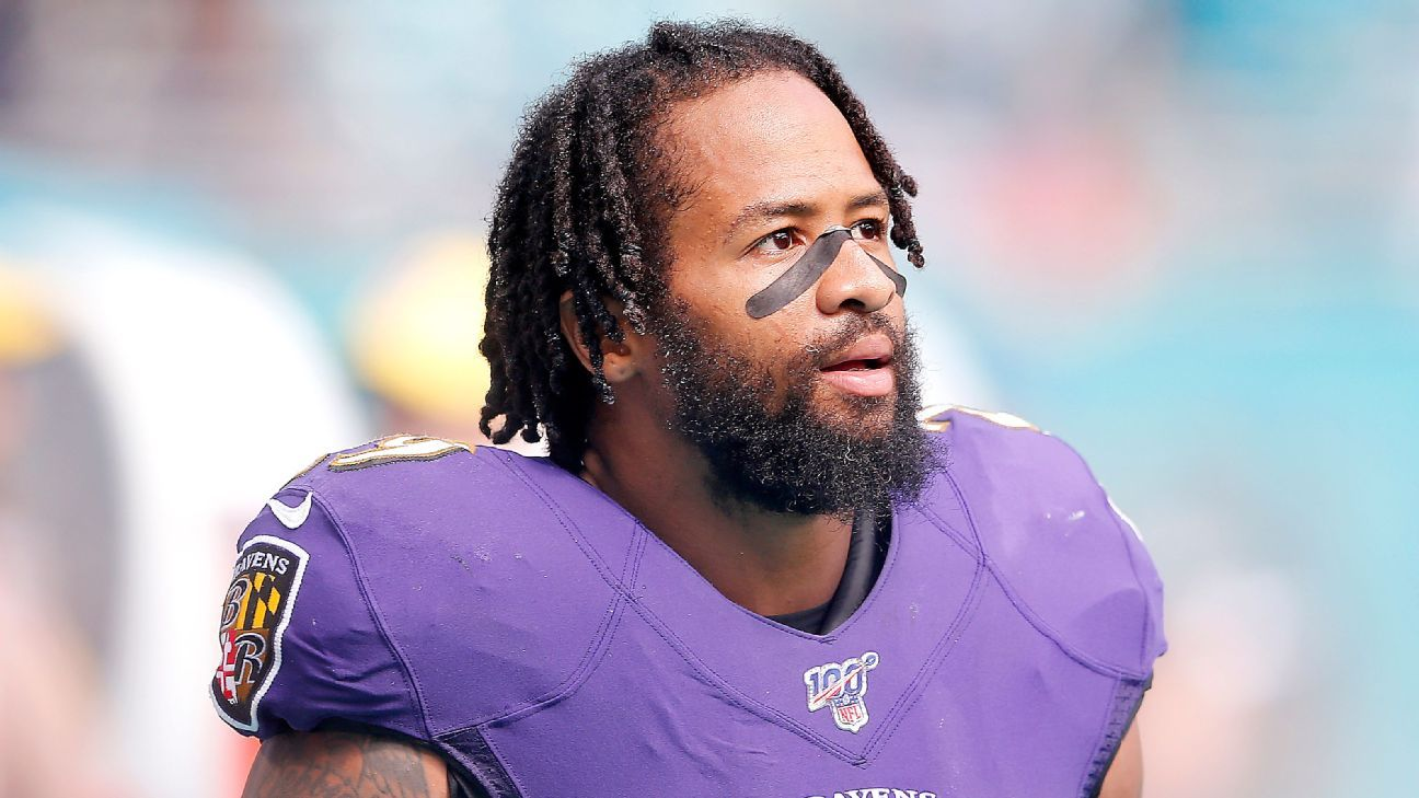Ravens sent Earl Thomas home Friday after fiery on-field argument with Chuck Clark source says – ESPN