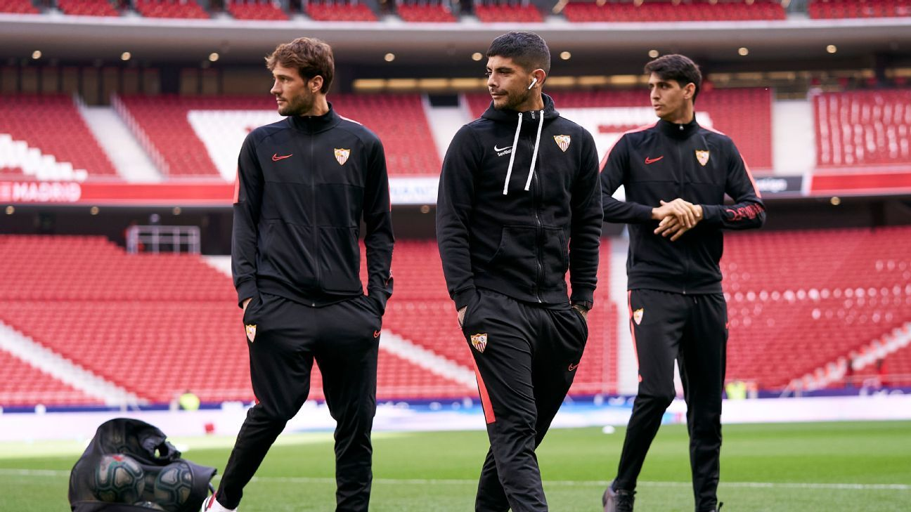 Sevilla players break Spanish social distancing rules - ESPN