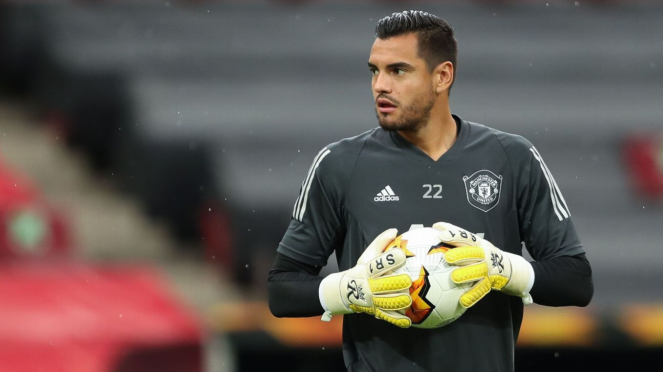 Man United leave out Romero, Jones from Premier League squad - ESPN