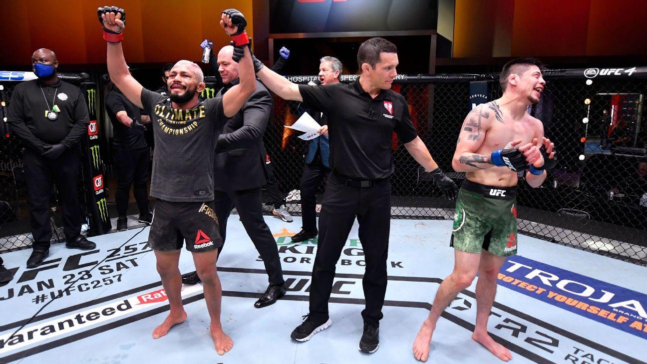 UFC 256 main event between Deiveson Figueiredo and Brandon Moreno