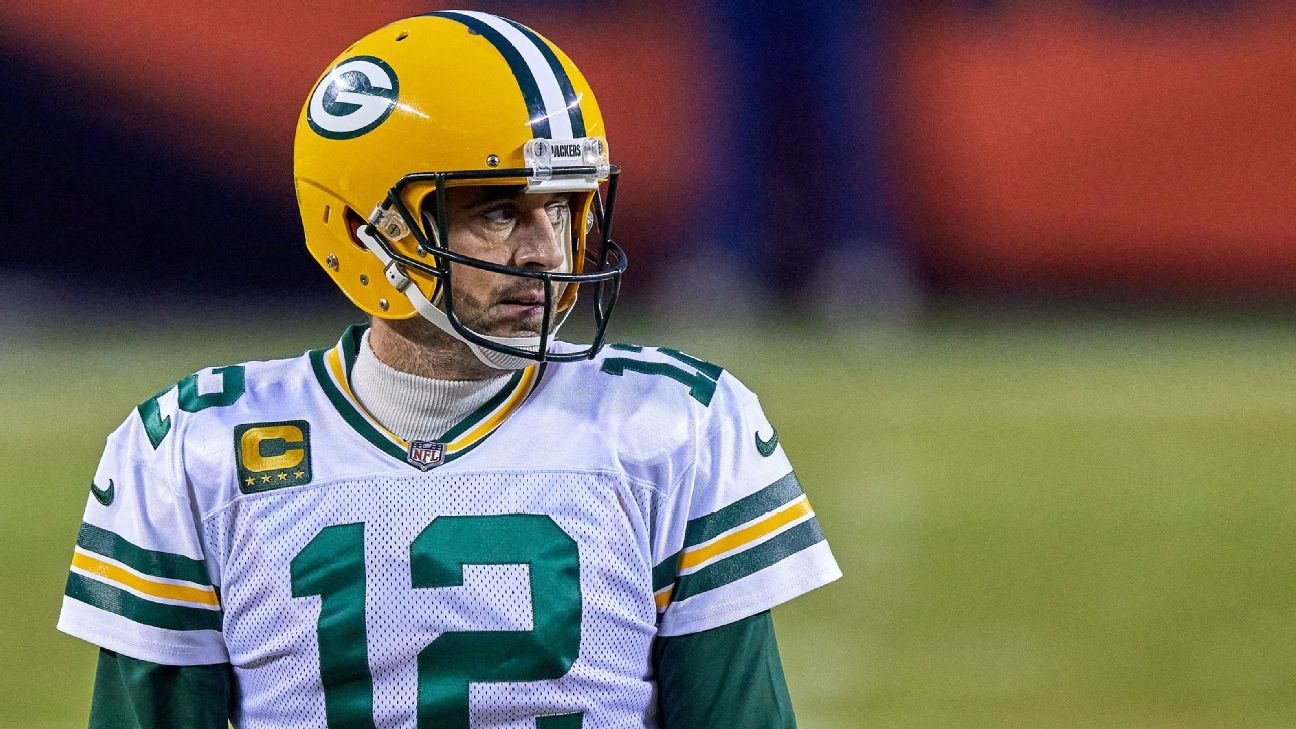 Sources: Rodgers unlikely for Packers' minicamp thumbnail