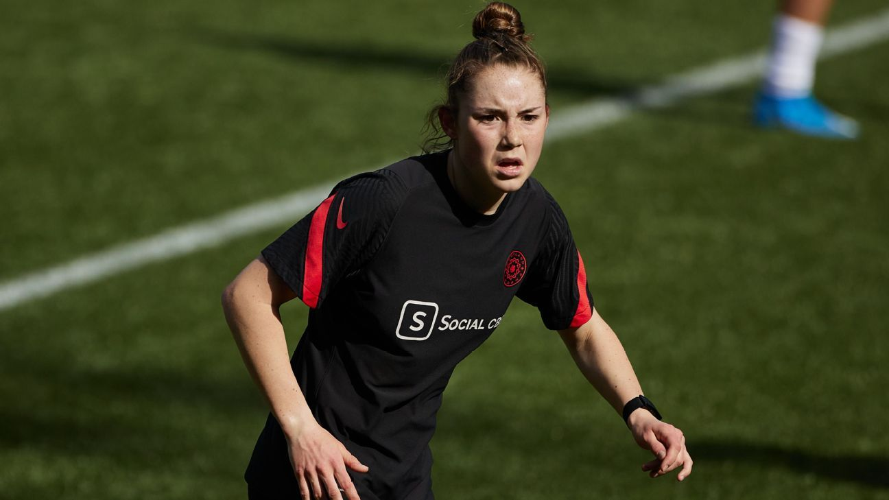 Portland Thorns' Olivia Moultrie, 15, signs deal to become youngest NWSL player
