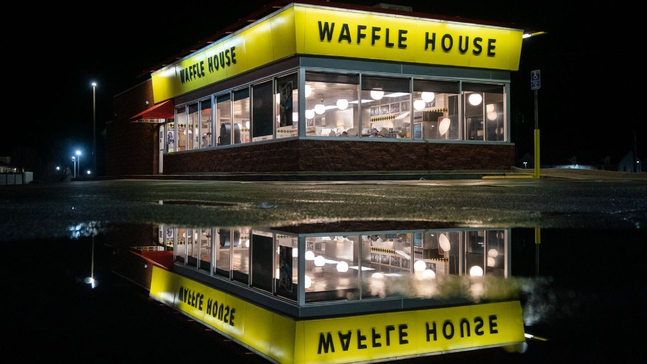 A fantasy league bet that ended with 15-hour Waffle House trip – ESPN