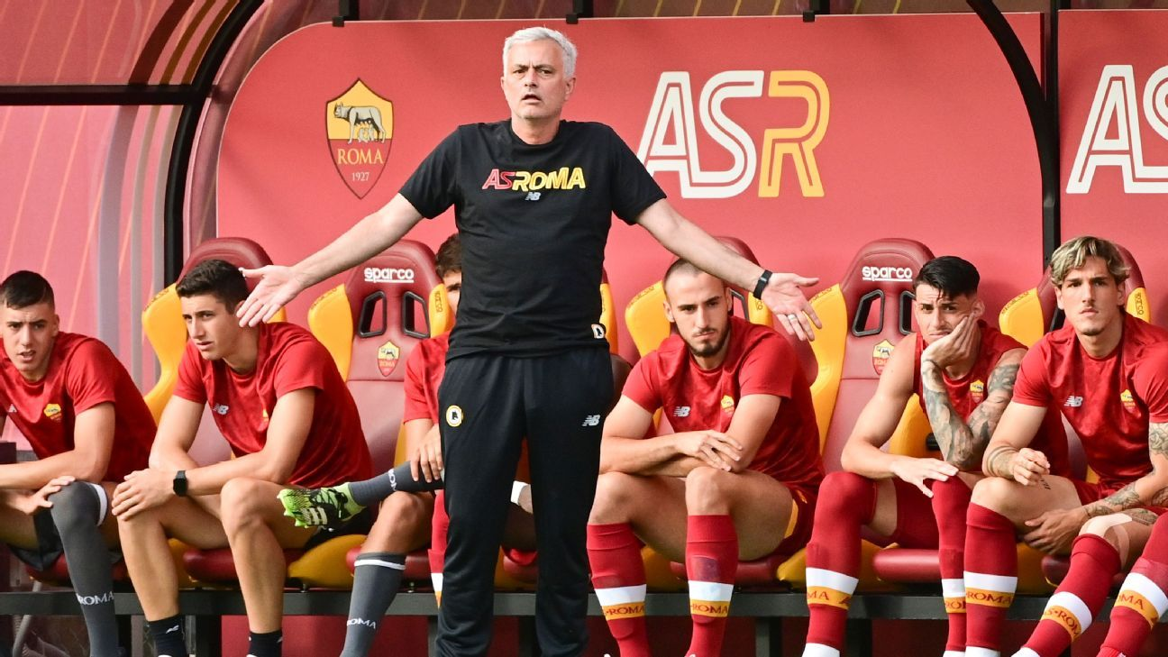 Roma score 10 goals in Jose Mourinho's first game in charge - ESPN