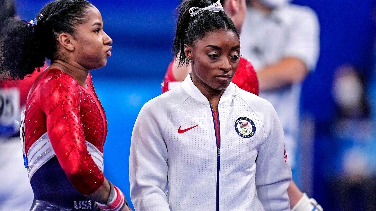 Aly Raisman proud of Simone Biles -- Took 'bravery' to withdraw from Olympic gymnastics team final