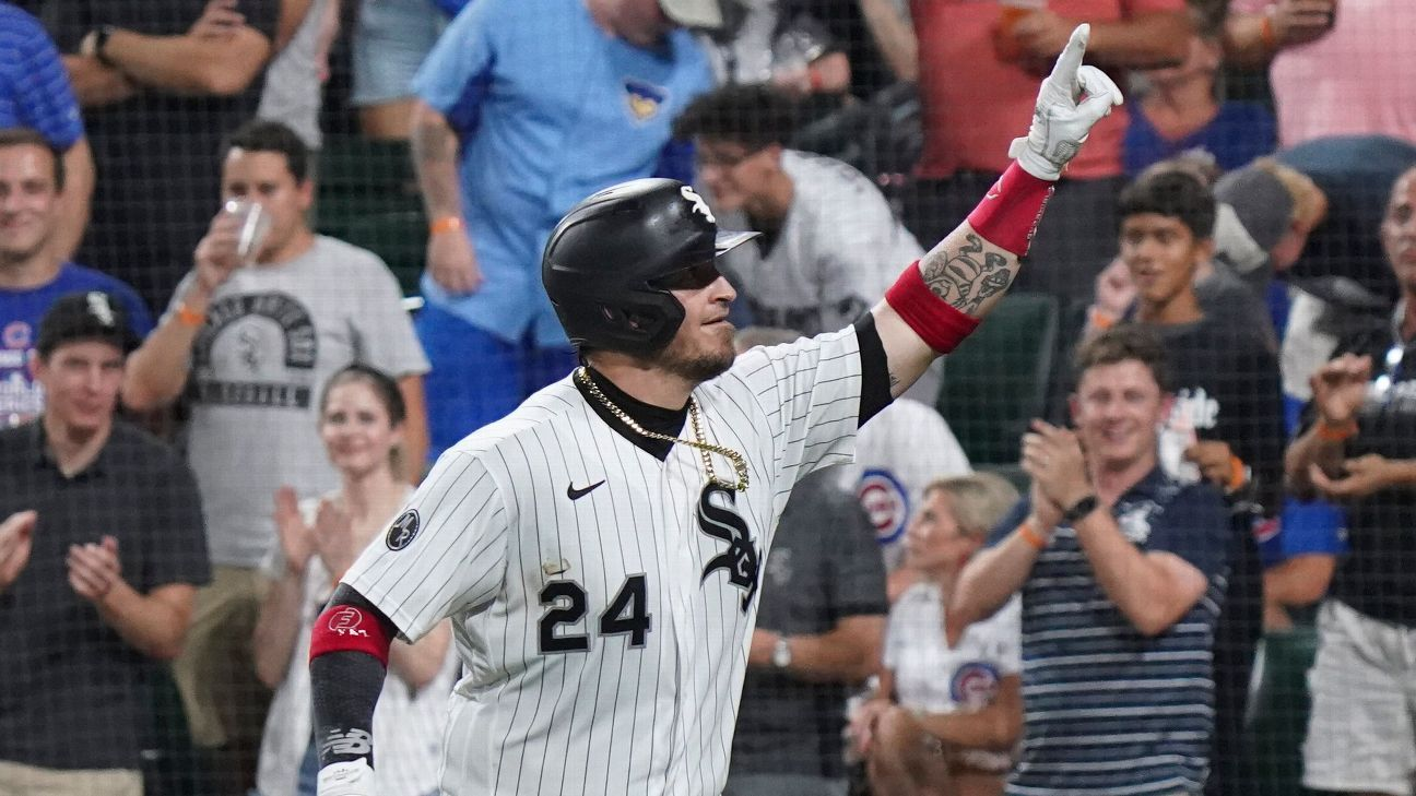 Yasmani Grandal returns with two homers, eight RBIs in Chicago White Sox win