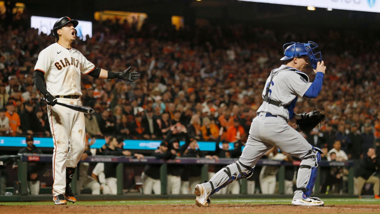 Disputed check-swing call on Wilmer Flores 'disappointing way to end' San Francisco Giants' season, Gabe Kapler says