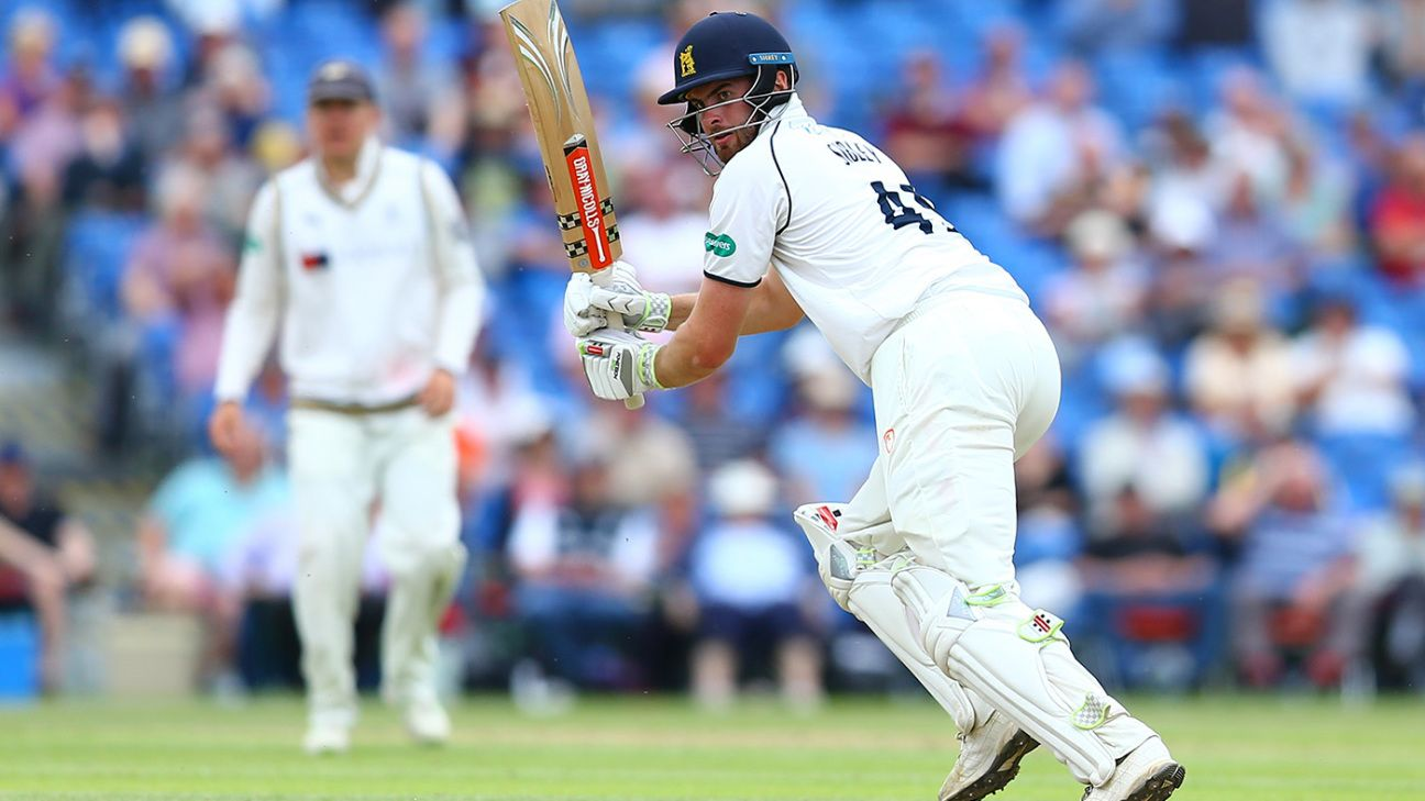 Specsavers County Championship Division Two 2019 Live