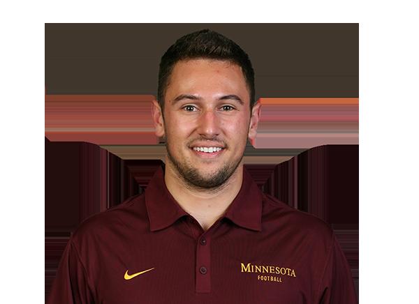 https://a.espncdn.com/i/headshots/college-football/players/full/3116051.png