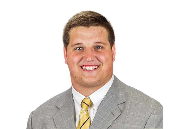 https://a.espncdn.com/i/headshots/college-football/players/full/3123957.png