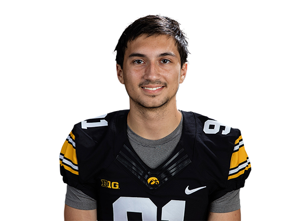 https://a.espncdn.com/i/headshots/college-football/players/full/3145003.png