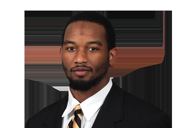 https://a.espncdn.com/i/headshots/college-football/players/full/3700815.png