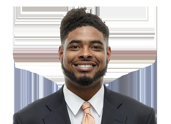 https://a.espncdn.com/i/headshots/college-football/players/full/3886598.png
