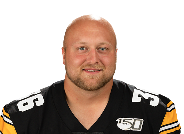 https://a.espncdn.com/i/headshots/college-football/players/full/3894843.png