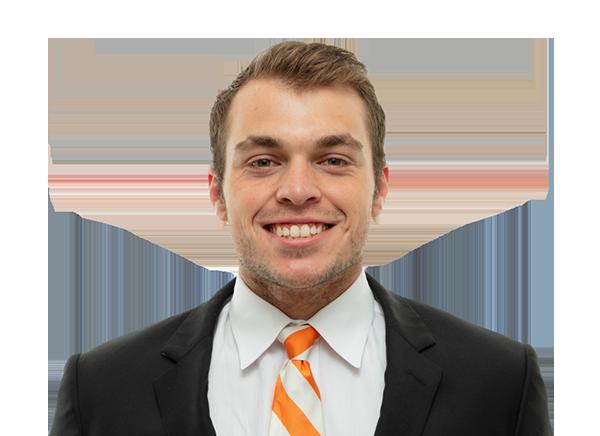 https://a.espncdn.com/i/headshots/college-football/players/full/3915384.png