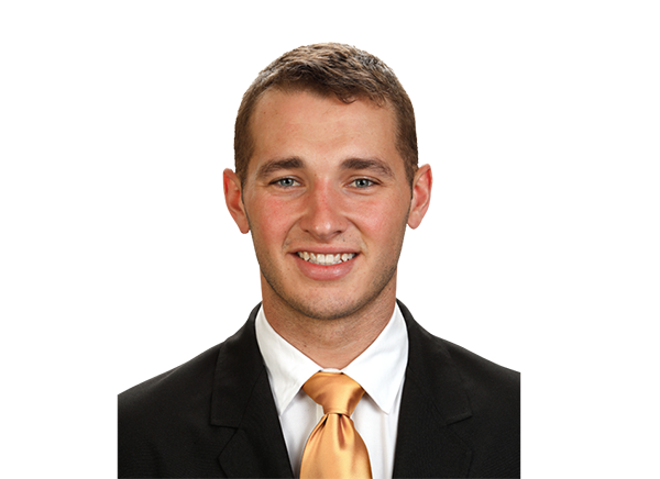 https://a.espncdn.com/i/headshots/college-football/players/full/3915468.png