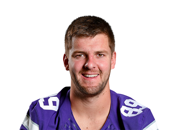 https://a.espncdn.com/i/headshots/college-football/players/full/3916109.png
