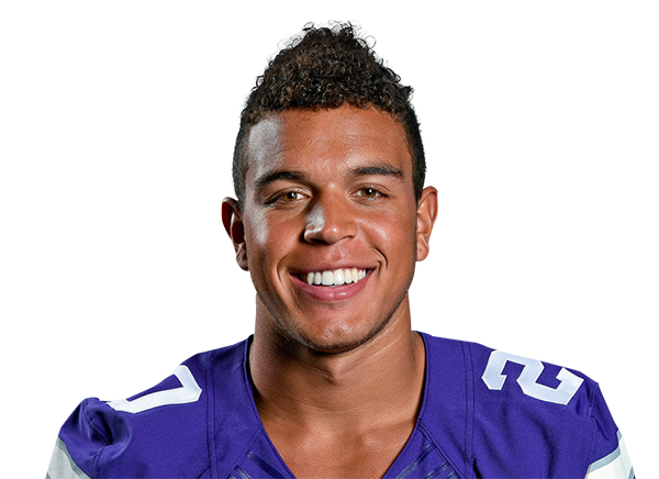 https://a.espncdn.com/i/headshots/college-football/players/full/3916110.png