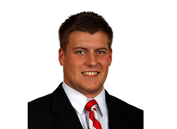 https://a.espncdn.com/i/headshots/college-football/players/full/3916429.png