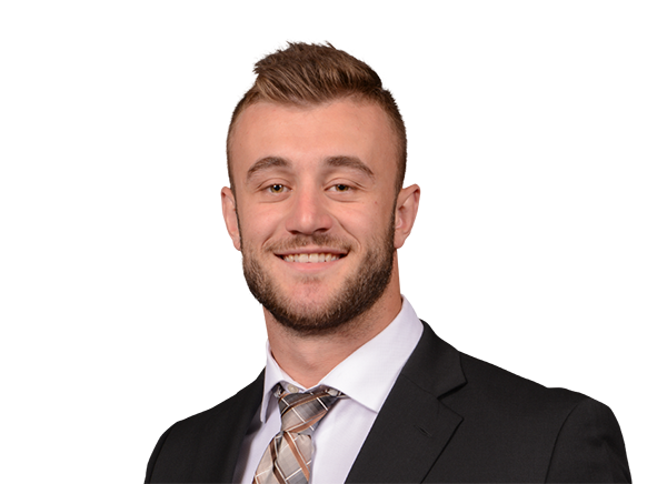 https://a.espncdn.com/i/headshots/college-football/players/full/3916743.png