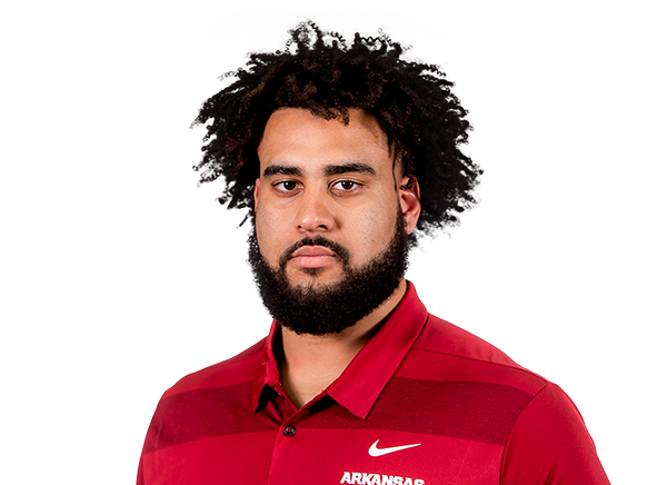 https://a.espncdn.com/i/headshots/college-football/players/full/3916905.png