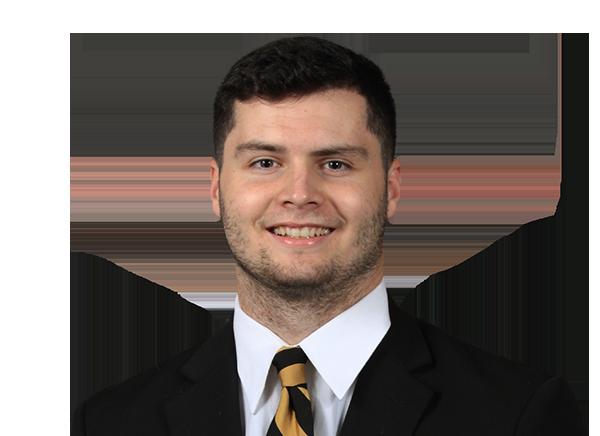https://a.espncdn.com/i/headshots/college-football/players/full/3919558.png