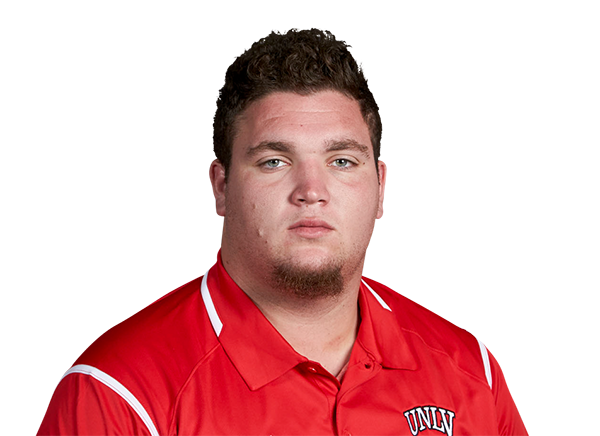 https://a.espncdn.com/i/headshots/college-football/players/full/3933310.png