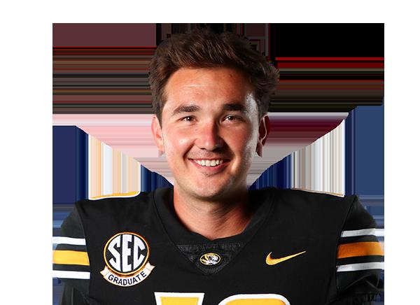 https://a.espncdn.com/i/headshots/college-football/players/full/4035059.png