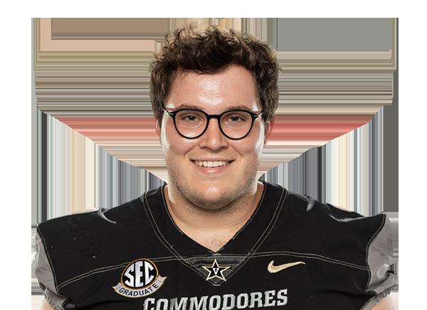 https://a.espncdn.com/i/headshots/college-football/players/full/4035269.png