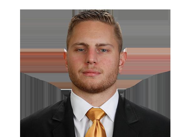 https://a.espncdn.com/i/headshots/college-football/players/full/4035280.png