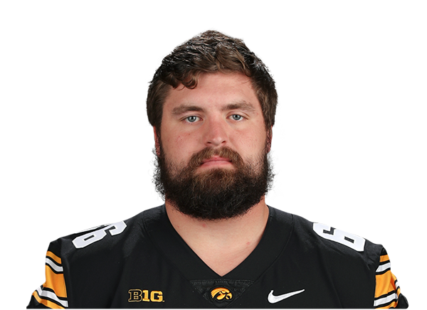 https://a.espncdn.com/i/headshots/college-football/players/full/4036136.png