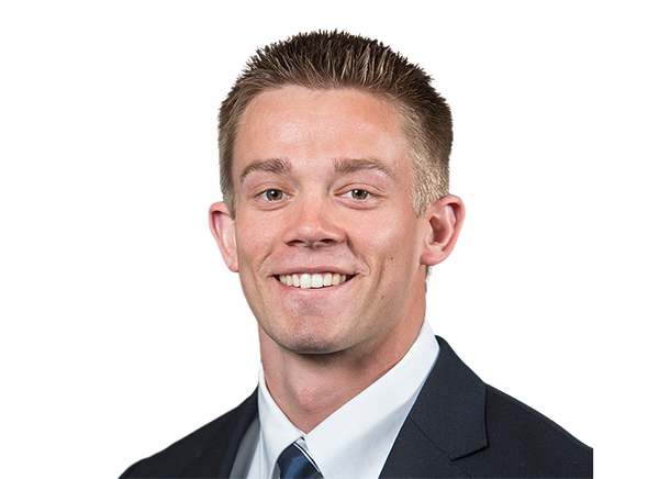 https://a.espncdn.com/i/headshots/college-football/players/full/4036913.png