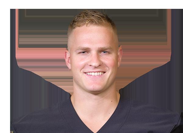 https://a.espncdn.com/i/headshots/college-football/players/full/4036931.png