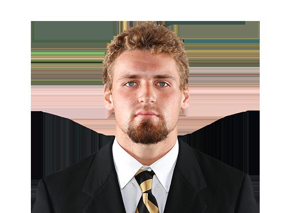 https://a.espncdn.com/i/headshots/college-football/players/full/4037217.png