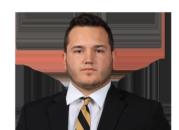 https://a.espncdn.com/i/headshots/college-football/players/full/4037226.png