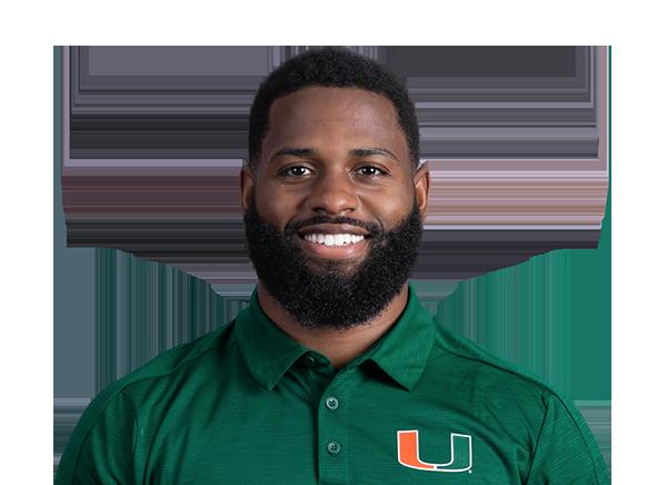 https://a.espncdn.com/i/headshots/college-football/players/full/4037464.png